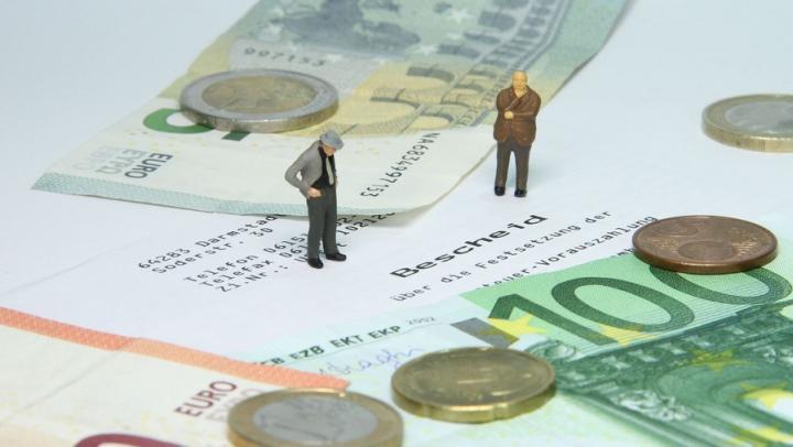 Четверо саратовских мошенников получили 31,7 миллиона на махинациях с имуществом