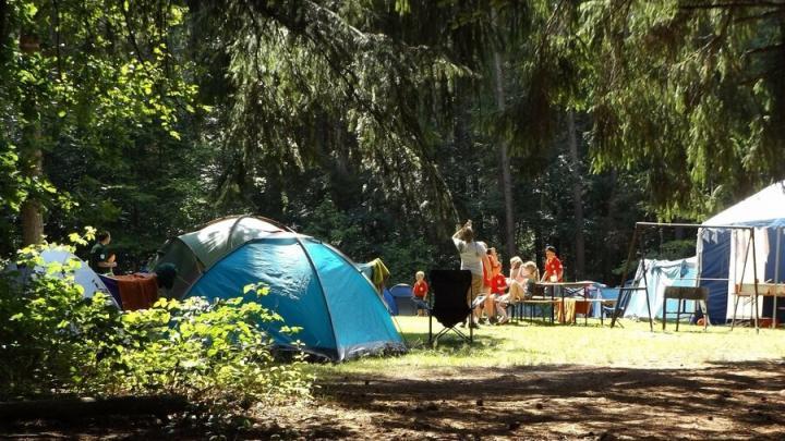 Детям разрешили отдыхать в летних лагерях на юге
