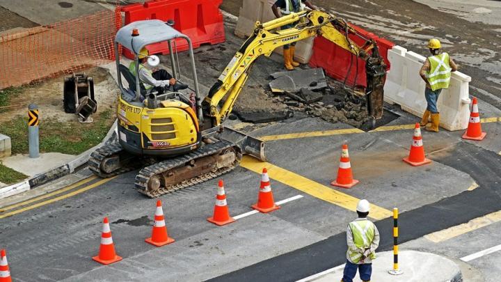 В Энгельсском районе отремонтируют участок дороги почти за миллиард рублей