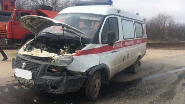 Свидетелей аварии со «скорой» ищут в Энгельсском районе