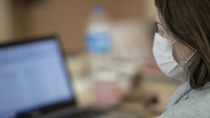 33 процента заболевших коронавирусом страдают пневмонией в Саратовской области