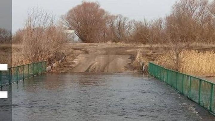 Три новых моста затоплено в Саратовской области