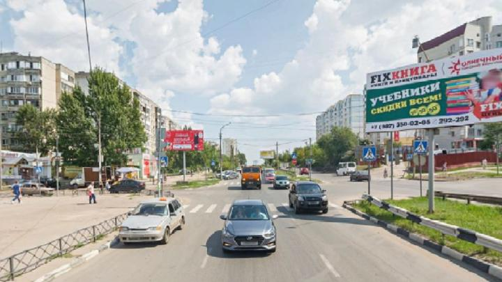На Тархова благоустроят территорию почти за полтора миллиона рублей