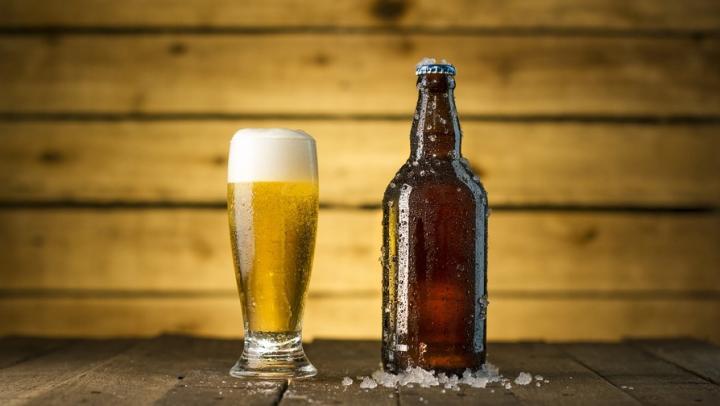 Продавец-рецидивист незаконно продавала саратовским подросткам алкоголь