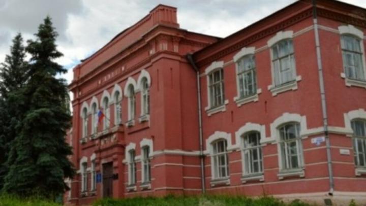 В Марксе отреставрируют мужскую гимназию 1911 года постройки