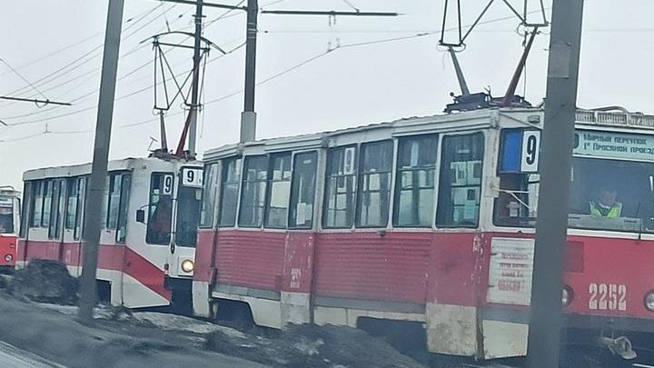 «Девятый» трамвай встал в 1-м Пролетарском поселке