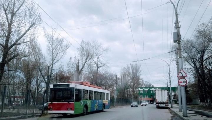 В Саратове отменят дублирующие автобусные маршруты, но увеличат число троллейбусов