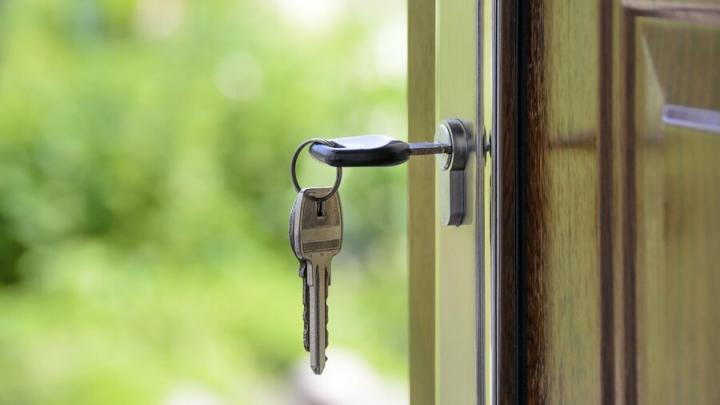 Две аткарские сироты с 2010 года не могли получить жилье