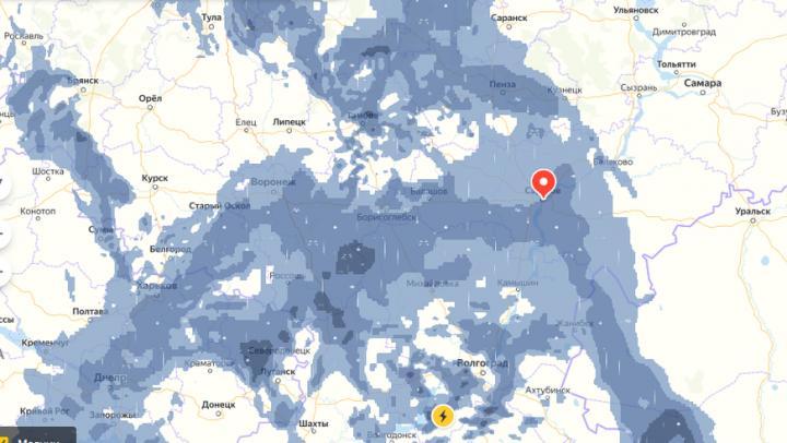 Самый сильный дождь за 73 года: непогода накроет пол-России