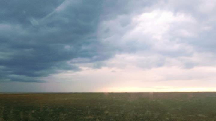 Ночью в Саратове усилится ветер