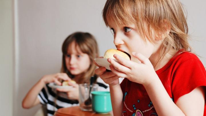 Саратовских дошкольников кормили кашей из некачественной крупы