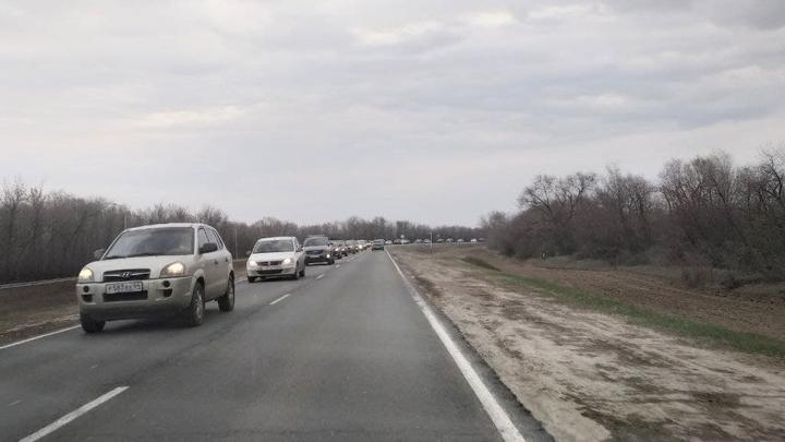 На месте аварии в Красноармейском районе организовано реверсивное движение транспорта