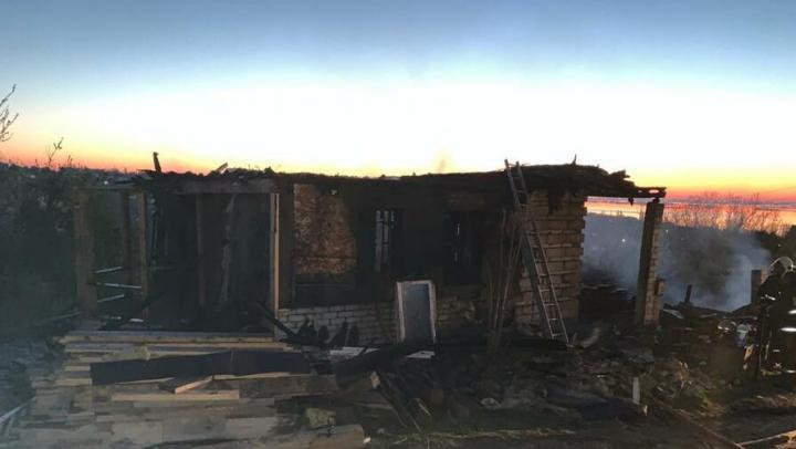 Племянник не успел спасти свою тетю с двумя детьми при пожаре в Красном Текстильщике