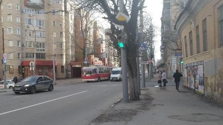 Троллейбус № 4 не ходит в сторону Музейной площади в Саратове