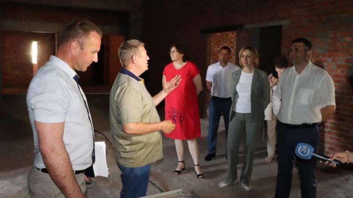 В Ершовском районе продолжается строительство нового корпуса Чапаевской водогрязелечебницы