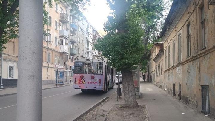 Троллейбусы трех маршрутов встали во Фрунзенском районе Саратова
