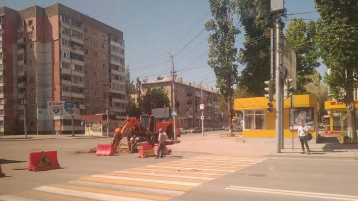 Три улицы отремонтируют в Октябрьском районе Саратова до середины лета