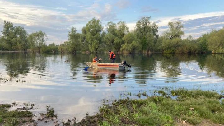 Рыбаки нашли труп в реке Березовка| 18+