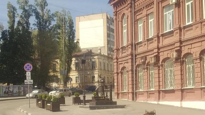 Михаил Исаев объяснил, почему памятник военной медсестре расположен у медколледжа