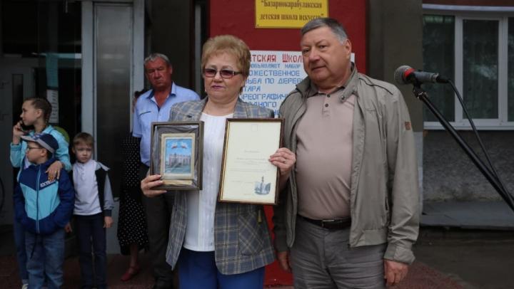 Александр Романов поздравил с Днем защиты детей юных жителей Базарного Карабулака