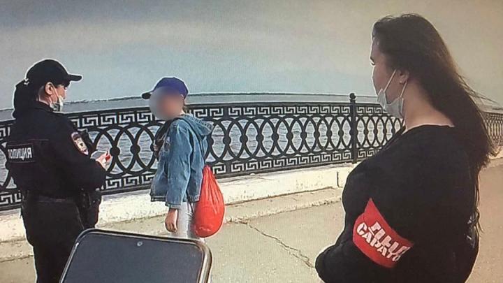 13-летнюю пропавшую девочку встретили на набережной дружинники