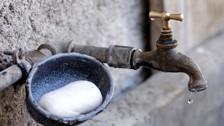 Масштабное отключение воды в Заводском и авария в Солнечном районе