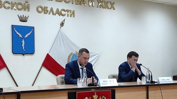 Роман Бусаргин начал цикл встреч с ждущими жилье сиротами