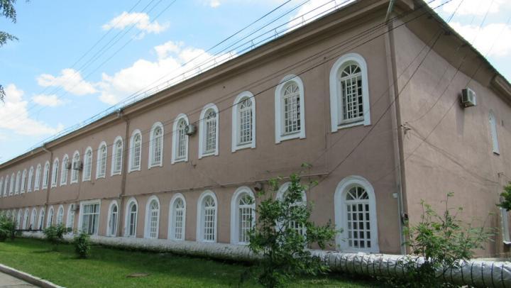 Ансамбль Александровской больницы отремонтируют в Саратове