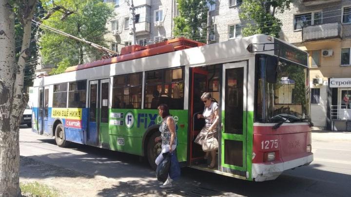 На Ипподромной в Саратове встали троллейбусы двух маршрутов