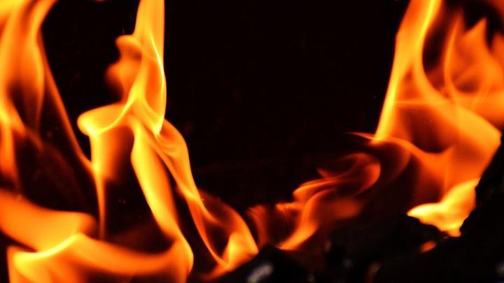 На пожаре погиб 72-летний пенсионер из Лысогорского района