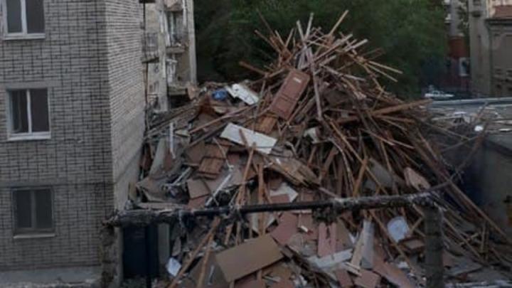 Саратовцы увидели в ремонте общежития СГУ угрозу пожара