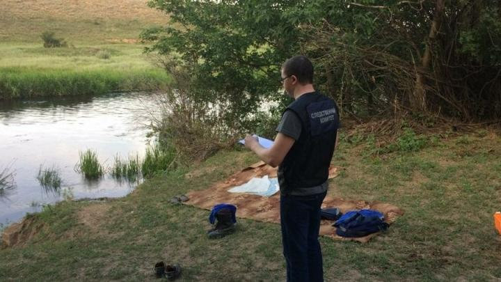 Тело спасавшего детей мужчины на Большом Узене нашли около полуночи