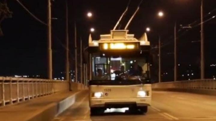 Троллейбусный маршрут «Саратов-Энгельс» начнет ходить 2 июля