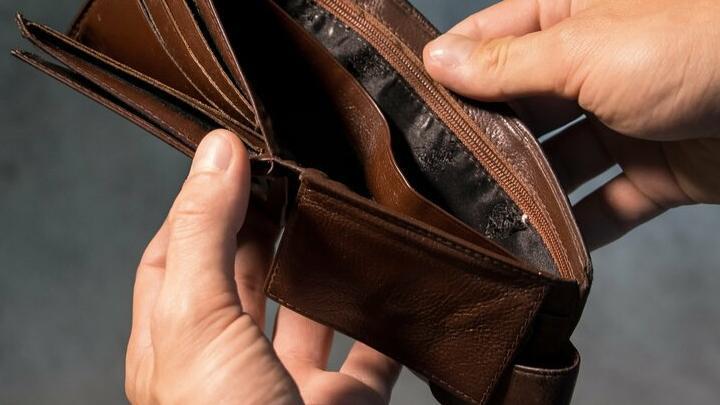 Саратов на втором месте в Поволжье по росту зарплат за год
