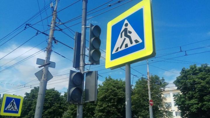 В центре Саратова пробка из-за неисправных светофоров