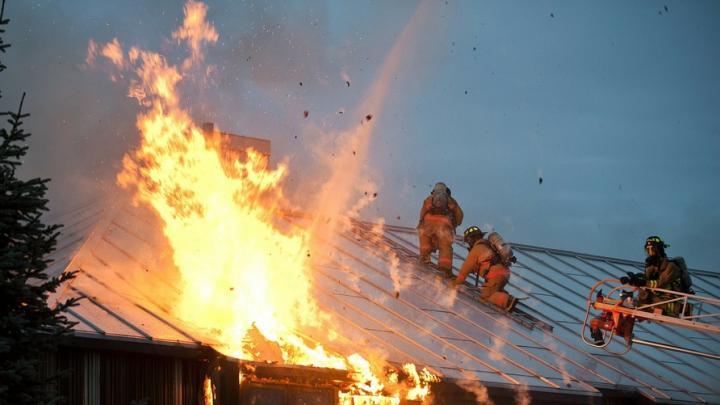 Частный дом и сарай горели в Вольске