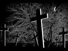 Ночью на кладбище ограбили девушку