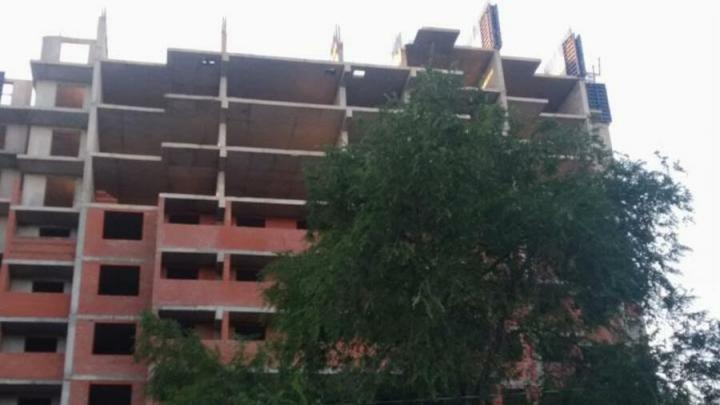 Чиновники обещают срочно ограничить доступ в недостроенный дом в Заводском районе