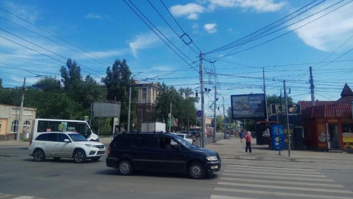 Мэрия Саратова закупает около 200 «лежачих полицейских»