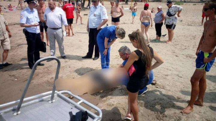 На Энгельсском пляже утонул мужчина
