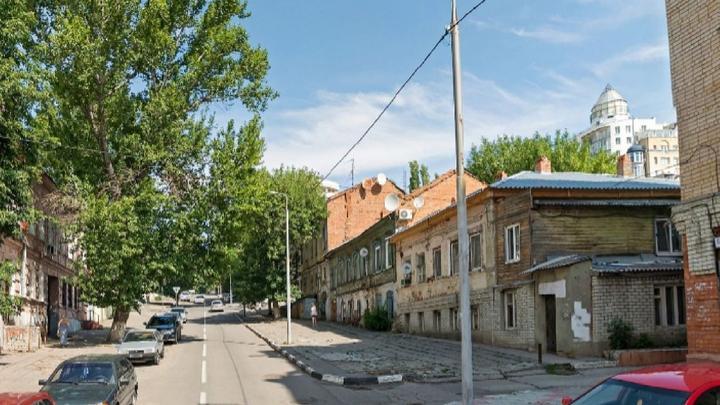 Завтра ограничат движение по Бабушкину взвозу и разрешат парковку на Набережной