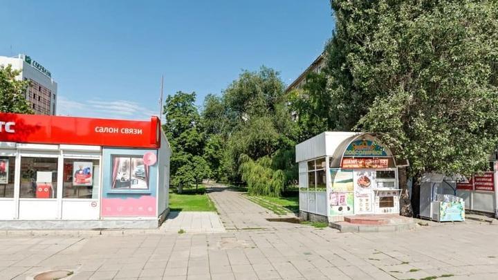 На улице Вавилова в Саратове установят фонари, скамейки и урны