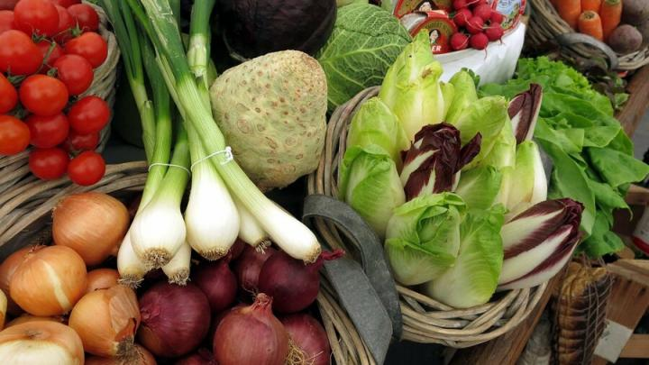 Цены на лук и картофель в Саратовской области достигли уровня ПФО