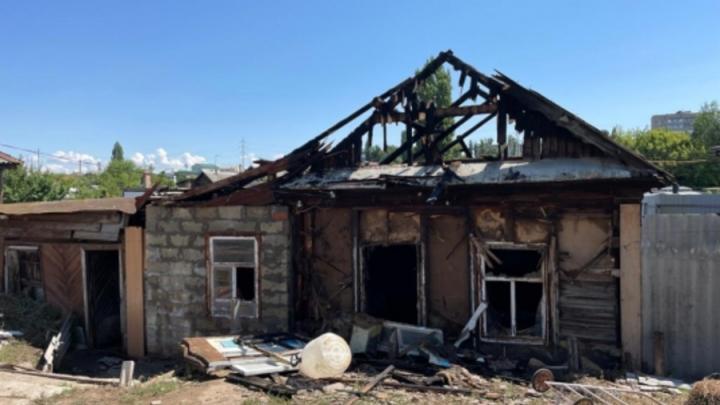 Трагедия в Энгельсе: женщина и четверо детей пострадали на пожаре