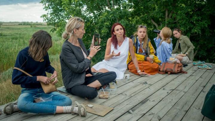 Капсулы уединения и дом на дереве: в Поповке началась архитектурная школа
