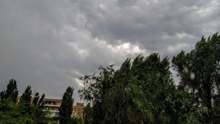 Сильная жара и гроза ожидаются завтра в Саратове