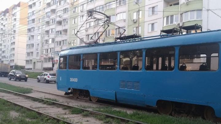 В Саратове встал трамвай № 8