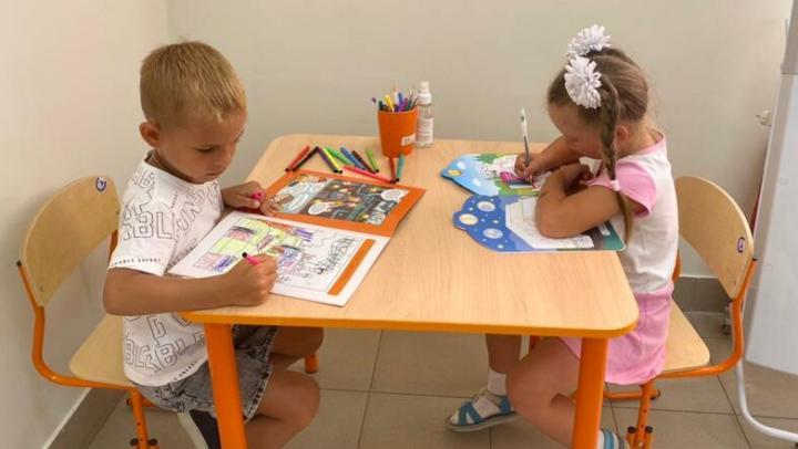 ЭнергосбыТ Плюс открыл в офисах по обслуживанию клиентов детские уголки