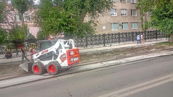 Еще 87 миллионов рублей выделено на ремонт тротуаров в Октябрьском и Заводском районах Саратова