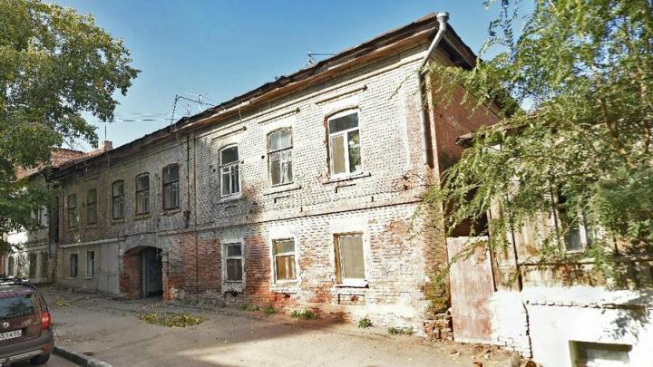 Еще два аварийных дома снесут в Волжском районе Саратова